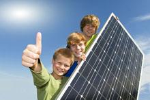 zonnepaneel met tieners 220px