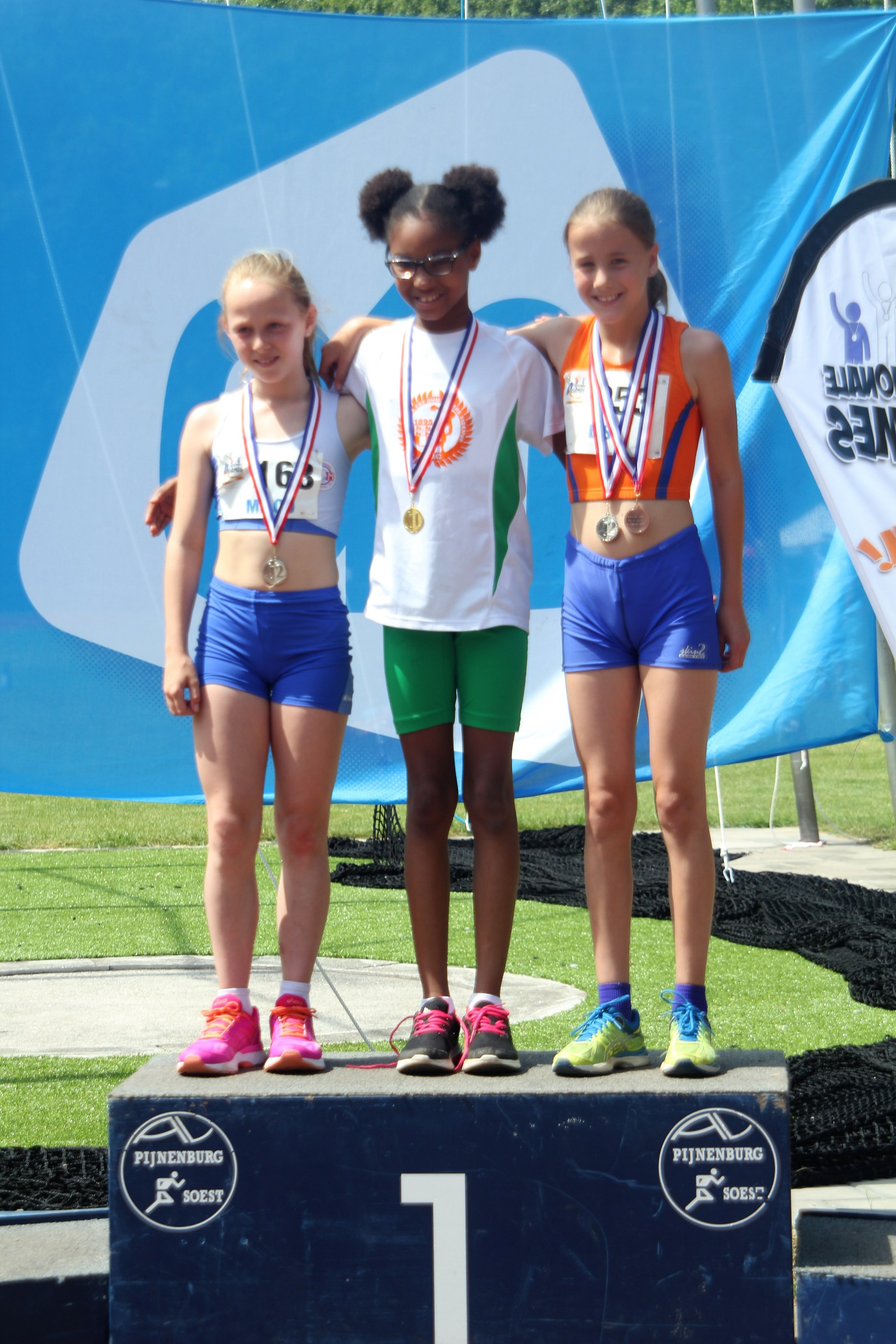 20170528 A games lisa 60m podium